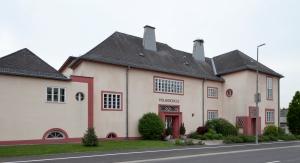 ArchitekTour Volksschule Sieggraben (© BDA Foto Martina Oberer-Kerth)