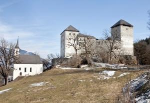 Burg Kaprun Außenaufnahme Kaprun (© BDA Foto Petra Laubenstein)